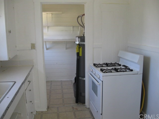 523 E Wood Street, Willows CA: http://media.crmls.org/medias/20859b73-e259-4ec9-a37f-529315318ae5.jpg