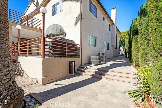 1026 E Providencia Avenue, Burbank CA: http://media.crmls.org/medias/208a25ac-510d-4d8a-bd53-7244372b2edc.jpg