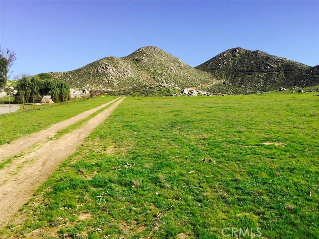 0 Norma Way, Winchester CA: http://media.crmls.org/medias/208af338-375f-4169-aab5-88a484ba49cb.jpg