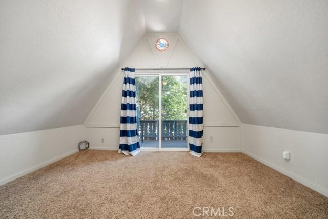 1154 Bear Springs Road, Rimforest CA: http://media.crmls.org/medias/20a5f20e-97d8-4e17-8542-52d6d420f213.jpg