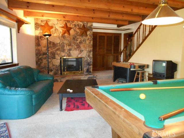 Additional photo for property listing at 26619 Modoc  Lake Arrowhead, California 92352 United States