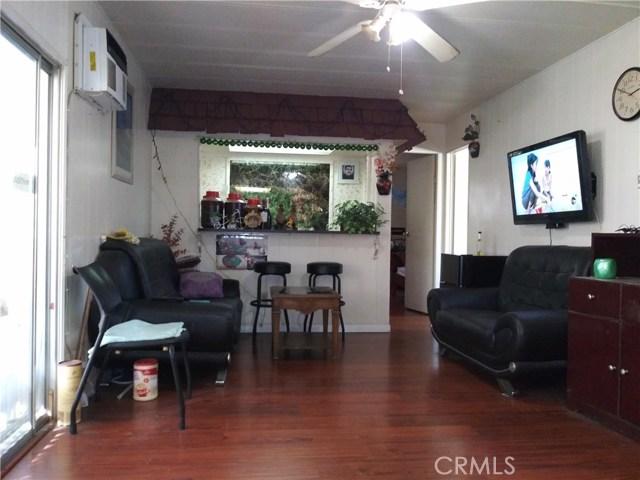 323 N Euclid Street, Santa Ana CA: http://media.crmls.org/medias/20c0ac67-bcc9-43f0-a77d-59aebb239e75.jpg
