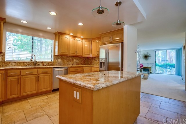 3607 W Hidden Lane, Rolling Hills Estates CA: http://media.crmls.org/medias/20c43646-5009-4187-a0eb-50458e3dec4f.jpg