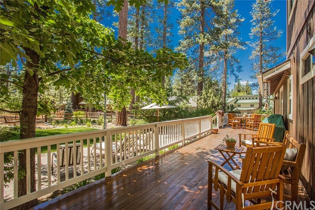 116 Marina Point Drive, Big Bear CA: http://media.crmls.org/medias/20c6fb69-12e1-4c19-8343-56270799ee5b.jpg