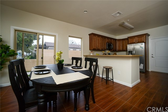 5244 Live Oak Street Unit B Cudahy, CA 90201 - MLS #: DW17221211