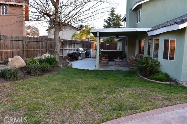 2655 Whittier Avenue, Clovis CA: http://media.crmls.org/medias/20dabdf6-622a-4c92-ace1-efde7b1d0741.jpg