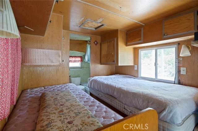 39000 Highway 79, Warner Springs CA: http://media.crmls.org/medias/20db5246-08be-4544-a54b-22a9de4dd783.jpg
