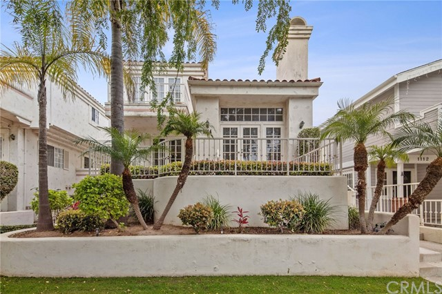 1114 Vincent Street, Redondo Beach, California 90277, 4 Bedrooms Bedrooms, ,4 BathroomsBathrooms,Townhouse,For Sale,Vincent,SB20049326