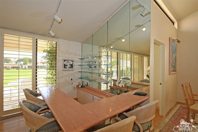 45878 Algonquin Circle, Indian Wells CA: http://media.crmls.org/medias/20eff6ab-0260-4b6d-9323-be6f451caf7f.jpg