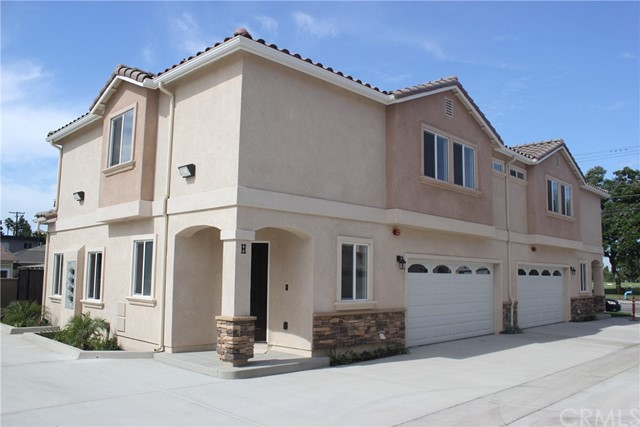 12106   Old River School Road , DOWNEY