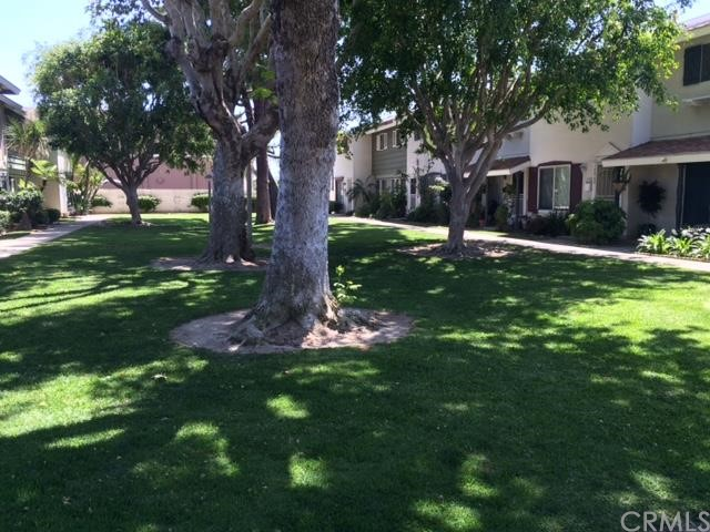 19860 Claremont Lane 445 Huntington Beach, CA 92646 is listed for sale as MLS Listing PW16082989