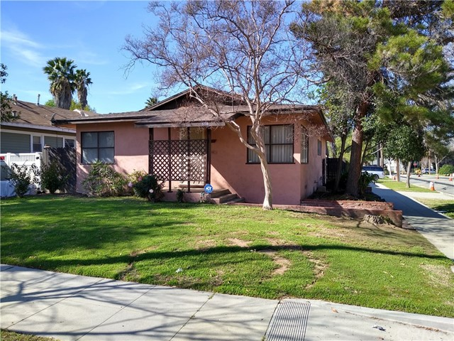 Photo of 3109 Cedar Street, Riverside, CA 92501