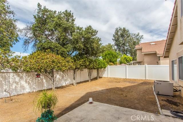 7830 Morningside Lane, Highland CA: http://media.crmls.org/medias/211bea94-66c2-4f18-a1c2-dbbe7784d45b.jpg