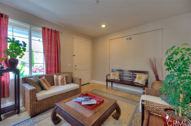 Additional photo for property listing at 20875 Cabrillo Lane  Huntington Beach, California 92646 United States