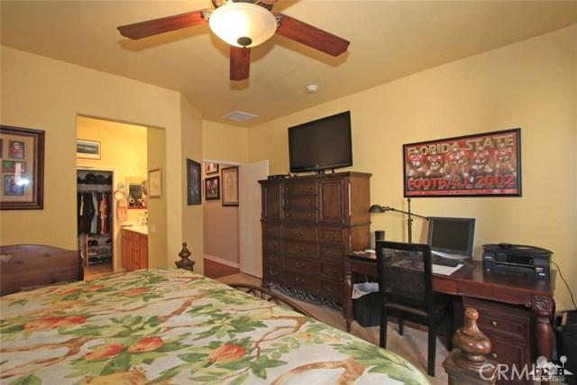 78936 Spirito Court, Palm Desert CA: http://media.crmls.org/medias/212518b4-02ac-4288-b9f0-fd3ac7523510.jpg