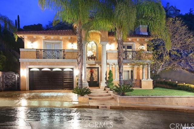 Single Family Home for Sale at 2828 Joaquin Drive Burbank, California 91504 United States