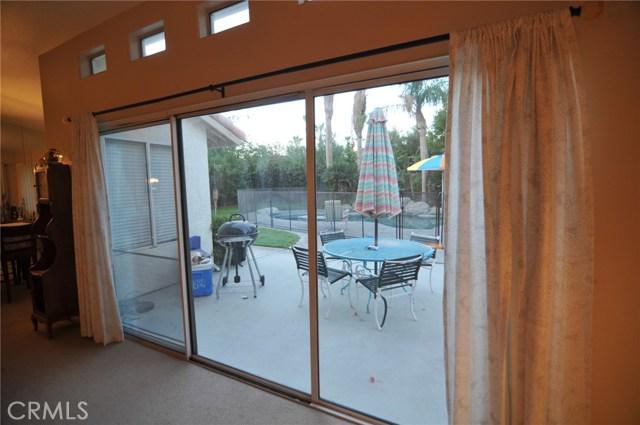 76820 Castle Court, Palm Desert CA: http://media.crmls.org/medias/21364a42-d3ce-4067-8e8c-4e92532e3e5c.jpg