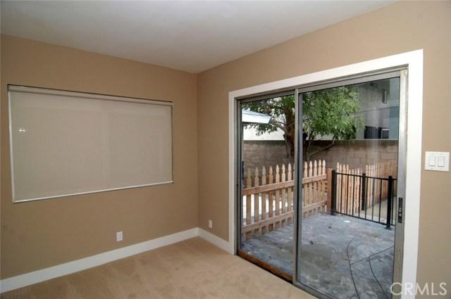 4011 W 160th Street, Lawndale CA: http://media.crmls.org/medias/213b90f7-ba02-4ed1-b52f-3d9b5c59f15b.jpg