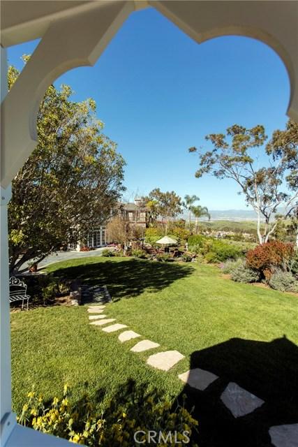 4 Summit, Irvine CA: http://media.crmls.org/medias/21401242-b16d-4591-b3ab-0d31076c98d6.jpg