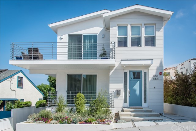 651 10th St, Hermosa Beach, CA 90254