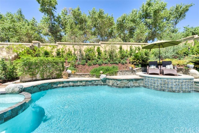 Single Family Home for Sale at 35 Banstead Rancho Santa Margarita, California 92679 United States