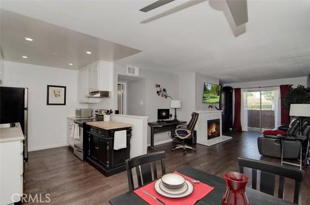 Photo of 17522 Vandenberg Lane #6, Tustin, CA 92780
