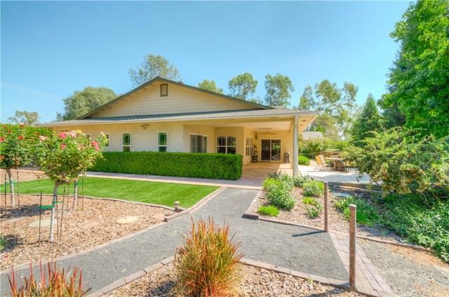 221 Ward Boulevard, Oroville CA: http://media.crmls.org/medias/216f096f-cc3d-411d-bdb6-260fef1ea816.jpg
