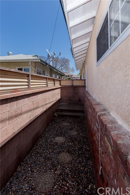 3339 Knoxville Av, Long Beach, CA 90808 Photo 23