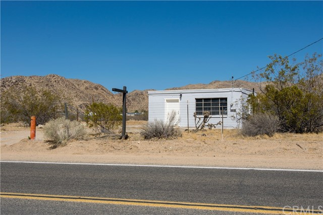 24945 Old Mine Road Apple Valley, CA 92307 - MLS #: IG18125244