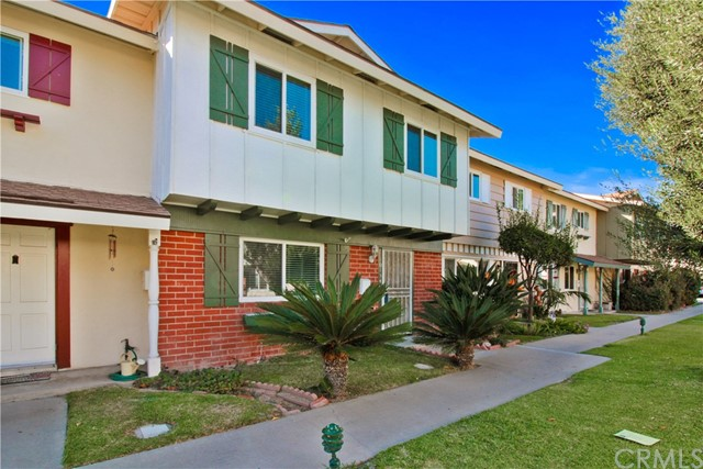 10134 Disney Circle , CA 92646 is listed for sale as MLS Listing OC18233077