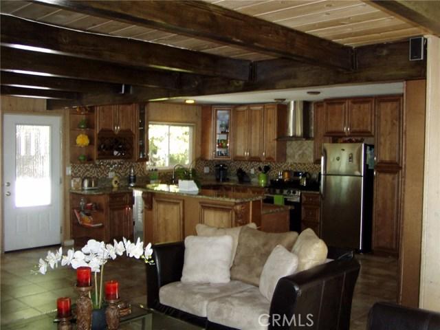 423 N State Highway 173 Lake Arrowhead, CA 92352 - MLS #: EV18161355