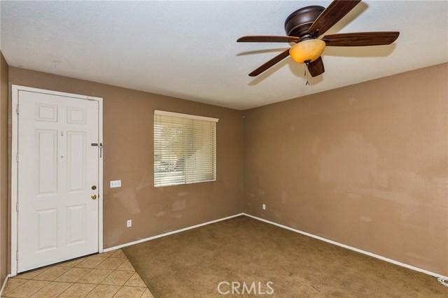 2995 Andover Lane, Hemet CA: http://media.crmls.org/medias/218e1b2c-3c57-4644-9fb3-420783617f42.jpg