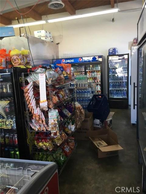 206 W Adams Bl, Los Angeles, CA 90007 Photo 3