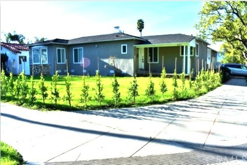Single Family Home for Sale at 2022 Kenneth Road W Glendale, California 91201 United States