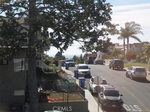 420 Camino Real Redondo Beach, CA 90277 - MLS #: SB17116868