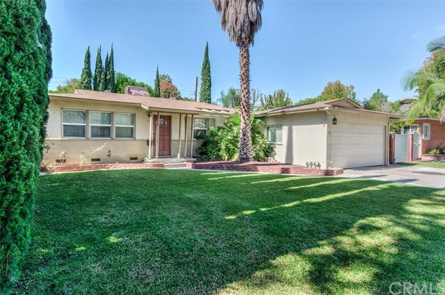 Single Family Home for Rent at 412 South Alpine St Orange, California 92868 United States