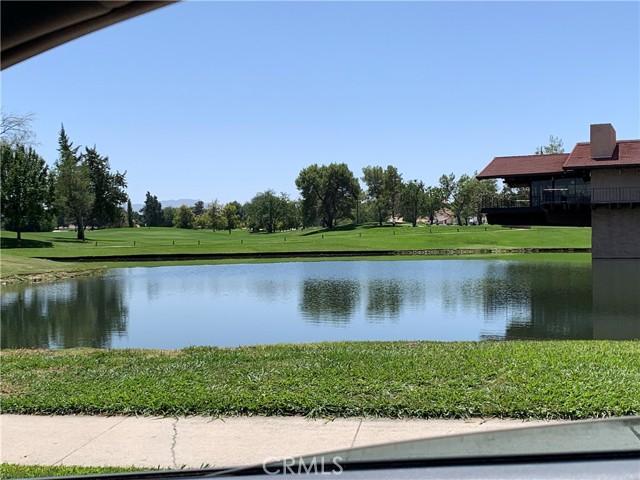 13970 Hidden Valley Road, Victorville CA: http://media.crmls.org/medias/21c751ec-6e27-4a98-9104-b27675d82cce.jpg