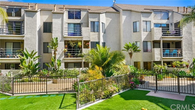 4144 E Mendez St, Long Beach, CA 90815 Photo 4