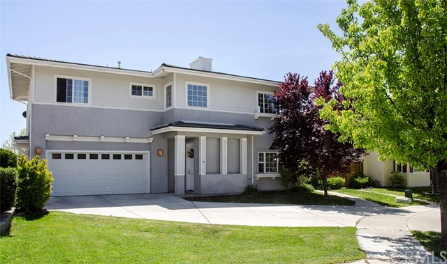 610 Larkfield Place, Paso Robles, CA 93446