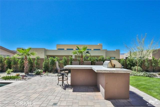 35 Via Noela, Rancho Mirage CA: http://media.crmls.org/medias/21d4d801-1542-42e5-8767-9d847cbeb078.jpg