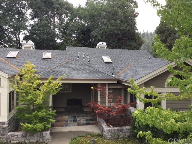 27115 Sugar Pine Drive Lake Arrowhead, CA 92352 - MLS #: PW18198280