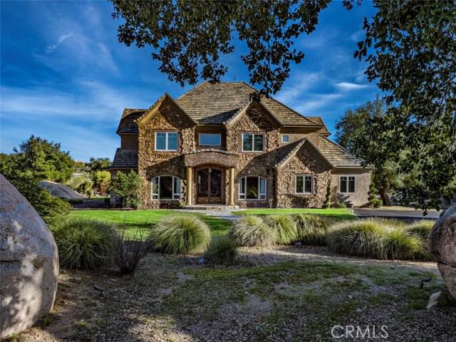 Single Family Home for Sale at 41825 Calle Bandido Murrieta, California 92562 United States