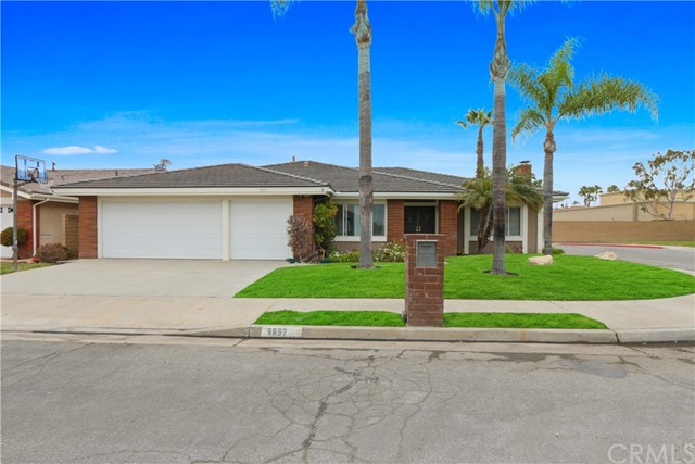 9897 RED RIVER CIRCLE, FOUNTAIN VALLEY, CA 92708