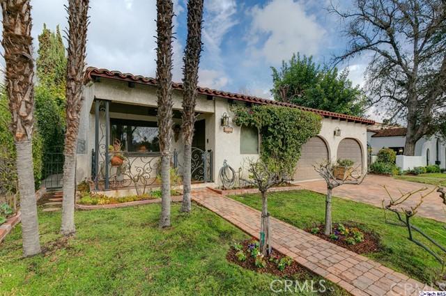 Photo of 10453 Whipple Street, Toluca Lake, CA 91602