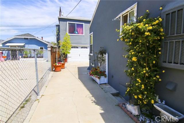 621 W PLUM Street, Compton CA: http://media.crmls.org/medias/21f9f047-2e3f-45d4-a9be-bf43b0625180.jpg