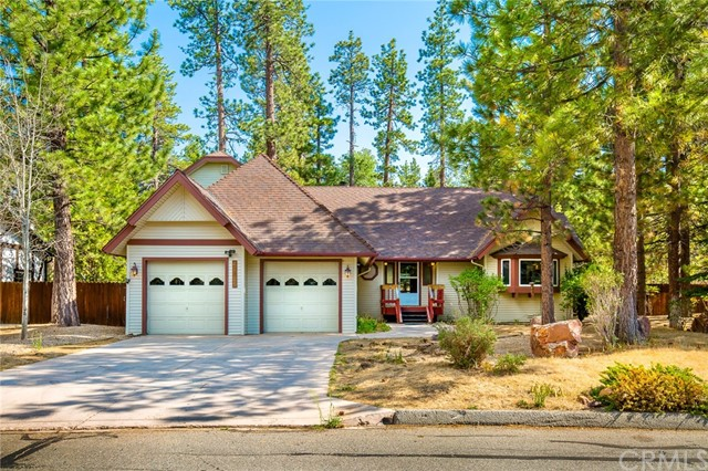 42355 Heavenly Valley Road, Big Bear CA: http://media.crmls.org/medias/2201fb53-30a0-4067-9d20-9610468348c9.jpg