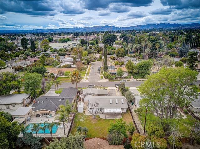 10000 Encino Avenue, Northridge CA: http://media.crmls.org/medias/22043d3e-9b65-4056-9d5a-73b8956279a8.jpg