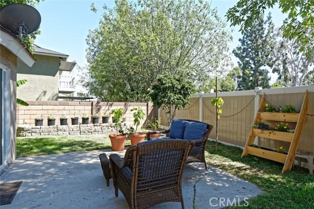 332 Buttonwood Drive, Brea CA: http://media.crmls.org/medias/220c2eb5-dae5-4b90-bfb8-612e9db543cd.jpg