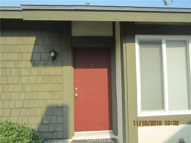 11212 Greenhurst Drive, Riverside CA: http://media.crmls.org/medias/220f371f-59f9-443f-990b-4336c3193a5a.jpg