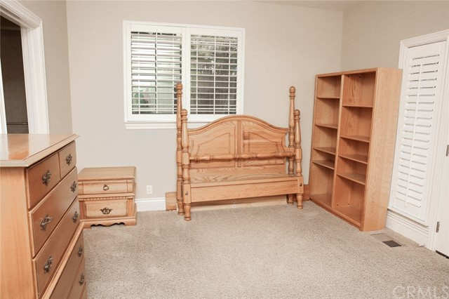 Bedroom 2- Plush carpet in all bedrooms. Suite wit